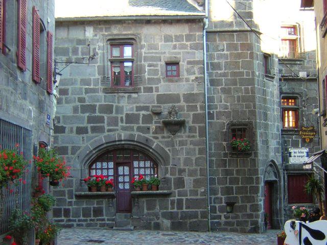 D couvrez le village h tel sancy besse - Office du tourisme besse en chandesse ...